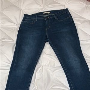 Woman's Levi's Jeans 710 Super Skinny